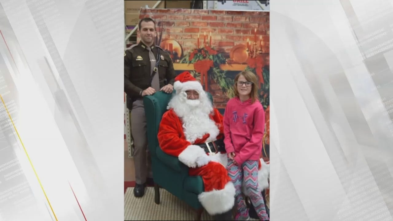 WEB EXTRA: Photos Of 'Shop With A Cop' In McIntosh County