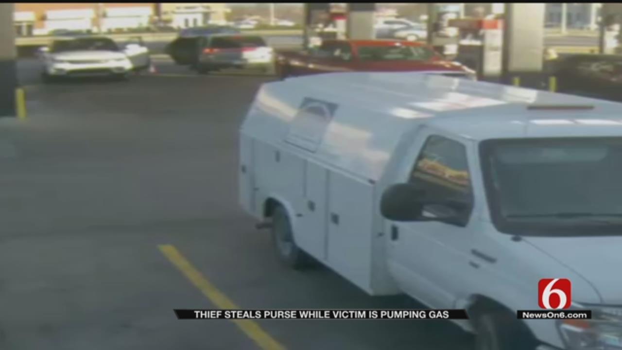 Tulsa Woman Warns Of Gas Pump Purse Snatcher