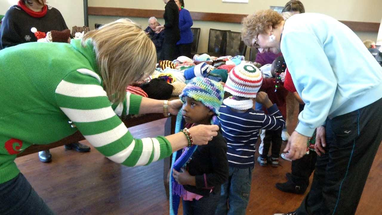 Tulsa Knitting Group Works To Keep Area Kids Warm This Winter