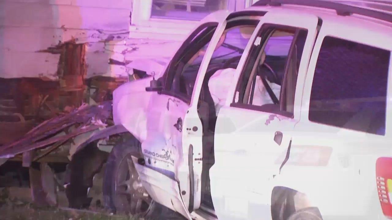 WEB EXTRA: Jeep Smashes Into Tulsa Home
