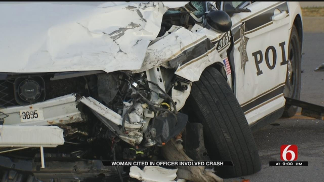 Tulsa Officer's Car Hits SUV That Failed To Yield, Police Say