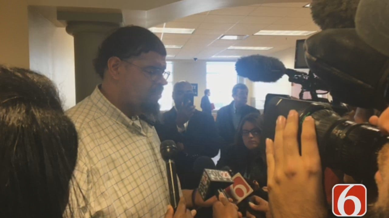 Joseph Holloway Talks To Murder Victim's Dad
