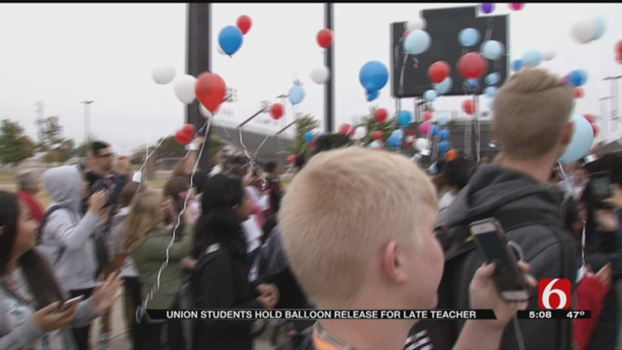 Students Remember Teacher, Entertainer, With Balloon Release
