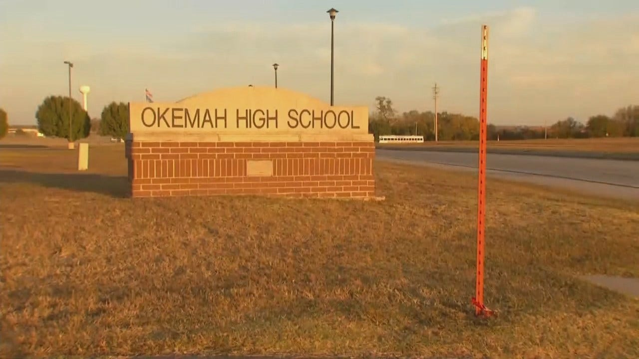 Okemah Cheerleading Coach Accused Of Stealing Over $5,000 From Cheer Account