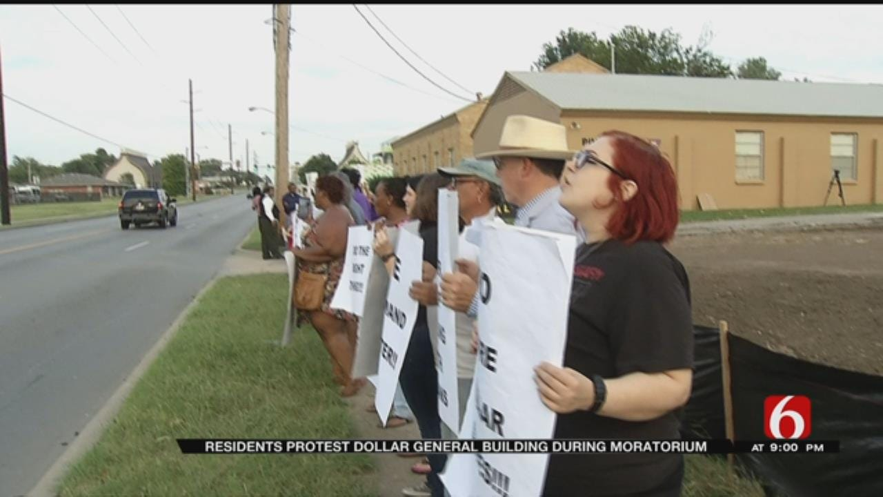 North Tulsans Protest New Dollar Store, Call For Grocery Stores