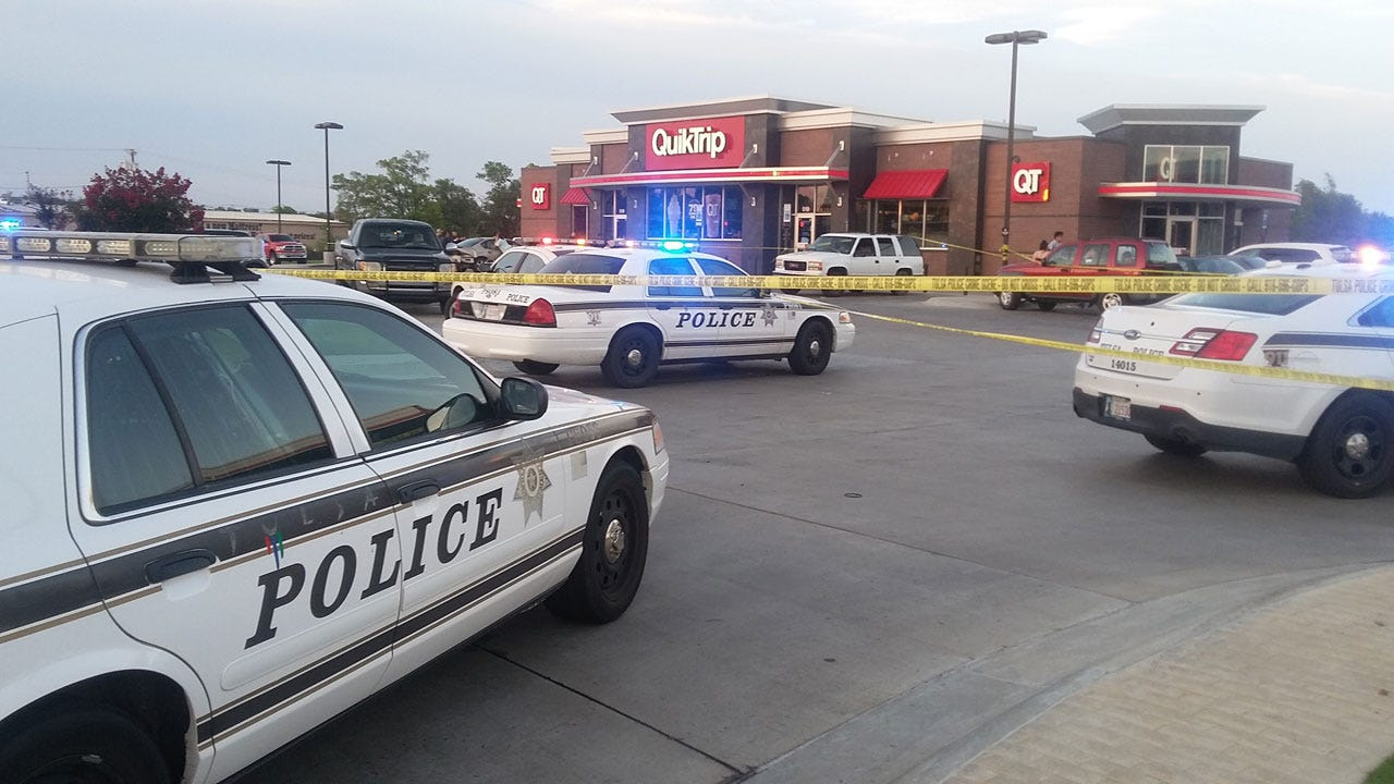 16-Year-Old Bystander Shot At QuikTrip; Tulsa Police Searching For Suspects