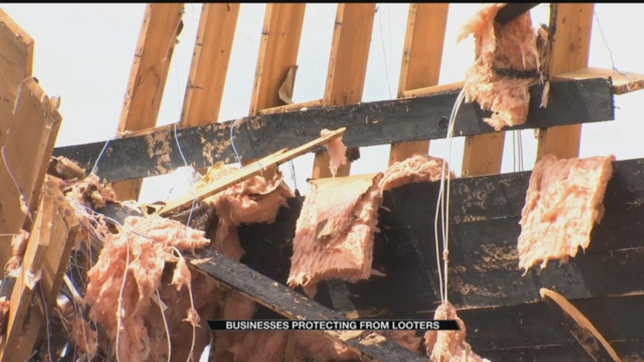 Looters Hit Tulsa Businesses After Storms Pass Through City