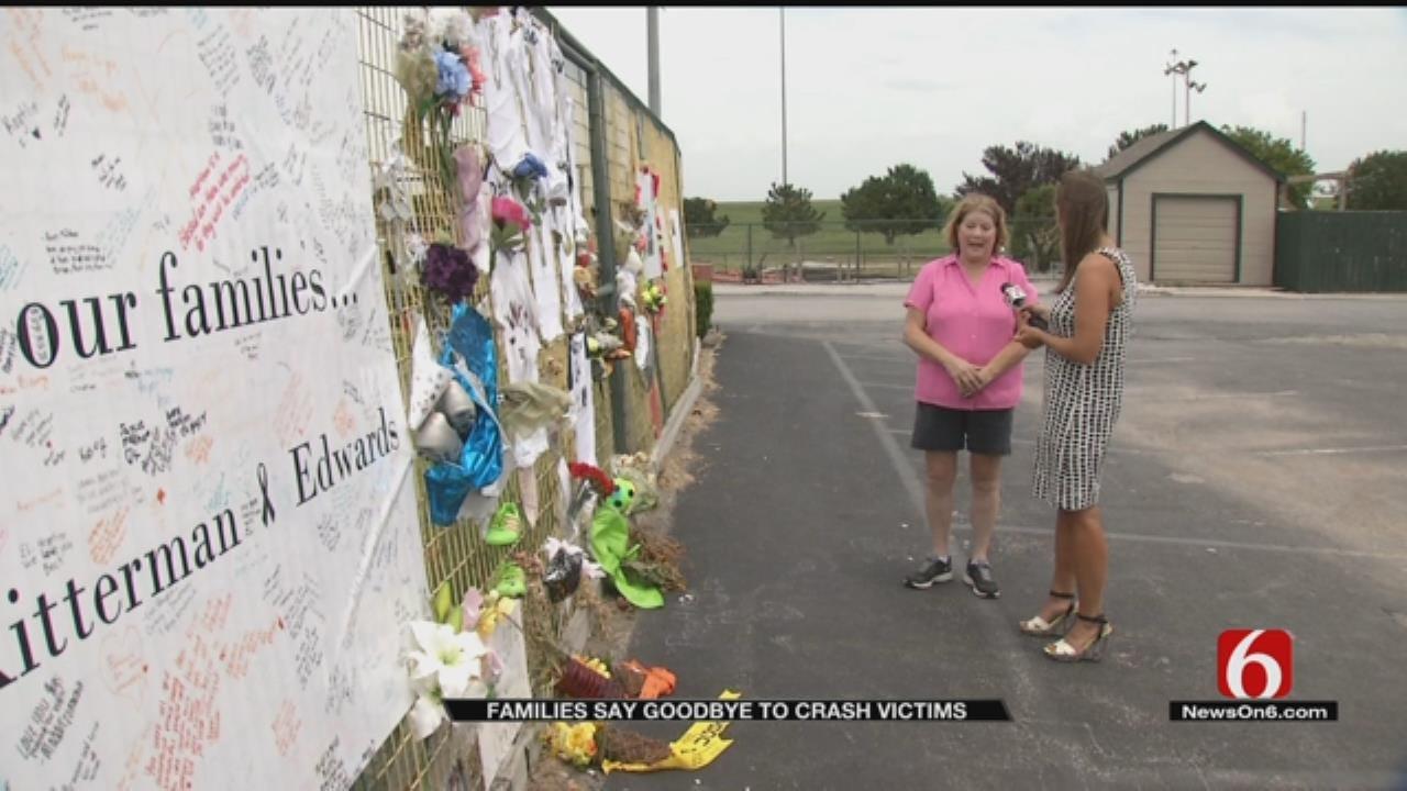 Hundreds Say Goodbye To Jenks Crash Victims