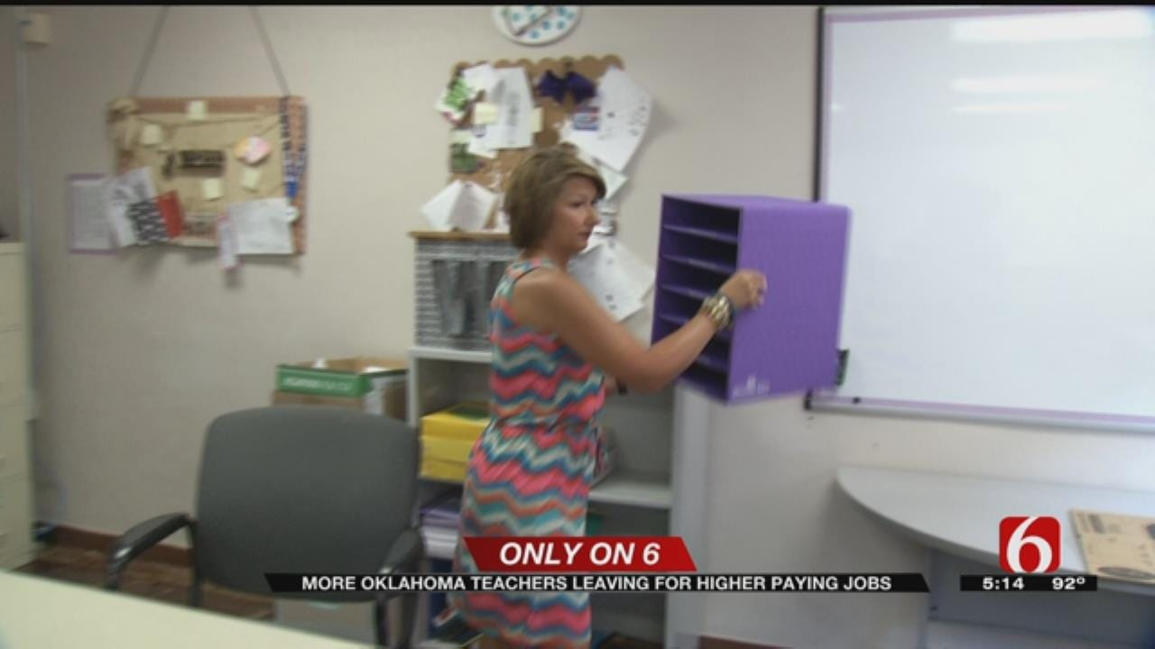 Oklahoma Teachers Head To Kansas For Higher Pay