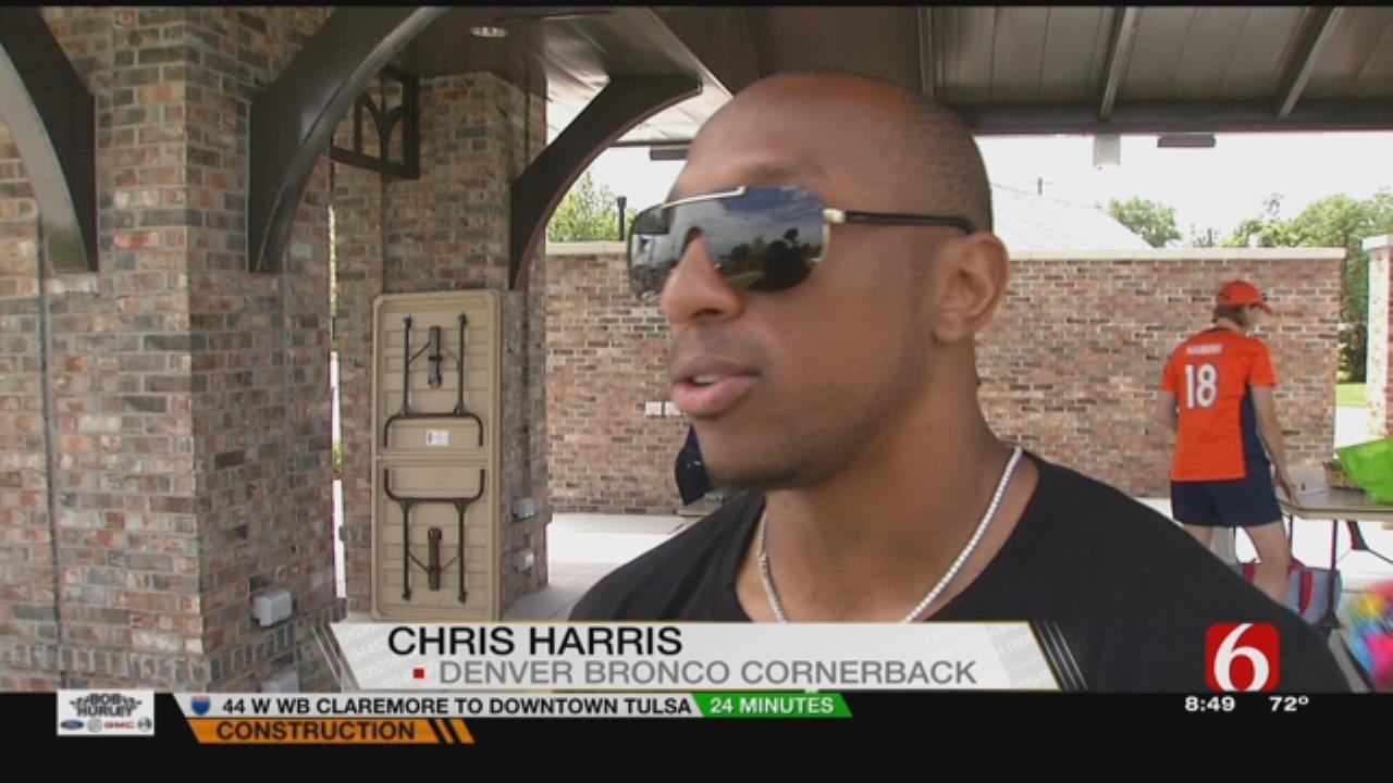 Denver Bronco And Bixby Native Chris Harris Jr. Reads To Community