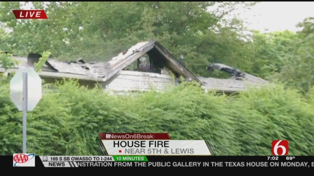 Tulsa Firefighters Contain Fire Near 5th & Yorktown