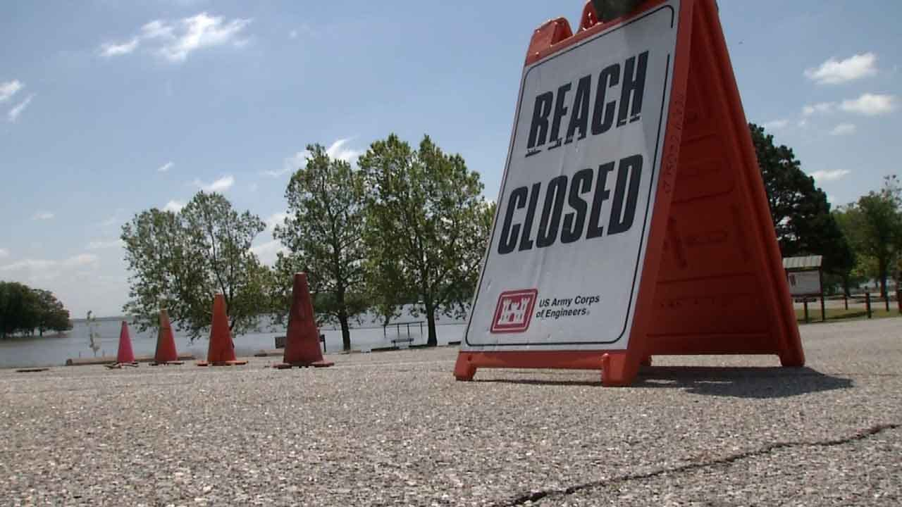 OHP Warns Of Possible Debris In High Oklahoma Lakes