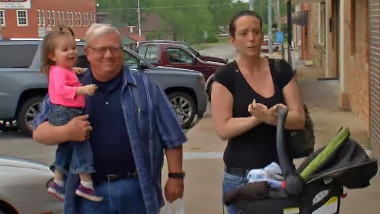 Katiera Winfrey Talks To Mom In Oklahoma Amber Alert