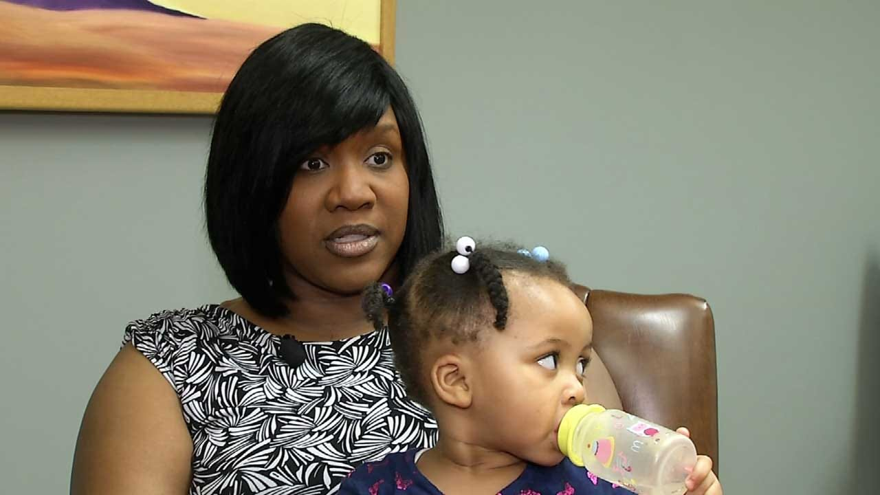 Tulsa Woman Files Suit Against USPS: 'They Were Punishing Me For My Pregnancy'