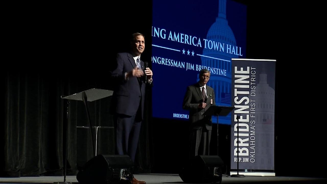Congressman Jim Bridenstine Addresses Boisterous Crowd At Tulsa Town Hall