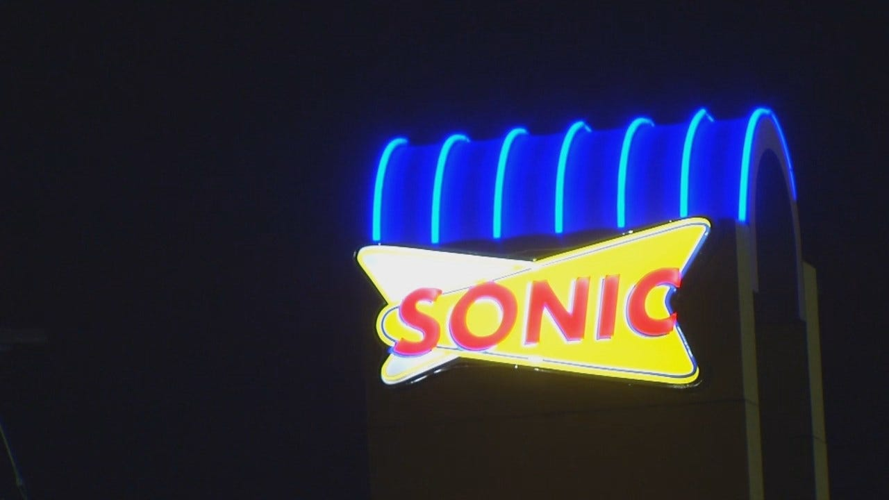 WEB EXTRA: Video From Scene Of Tulsa Sonic Robbery Attempt