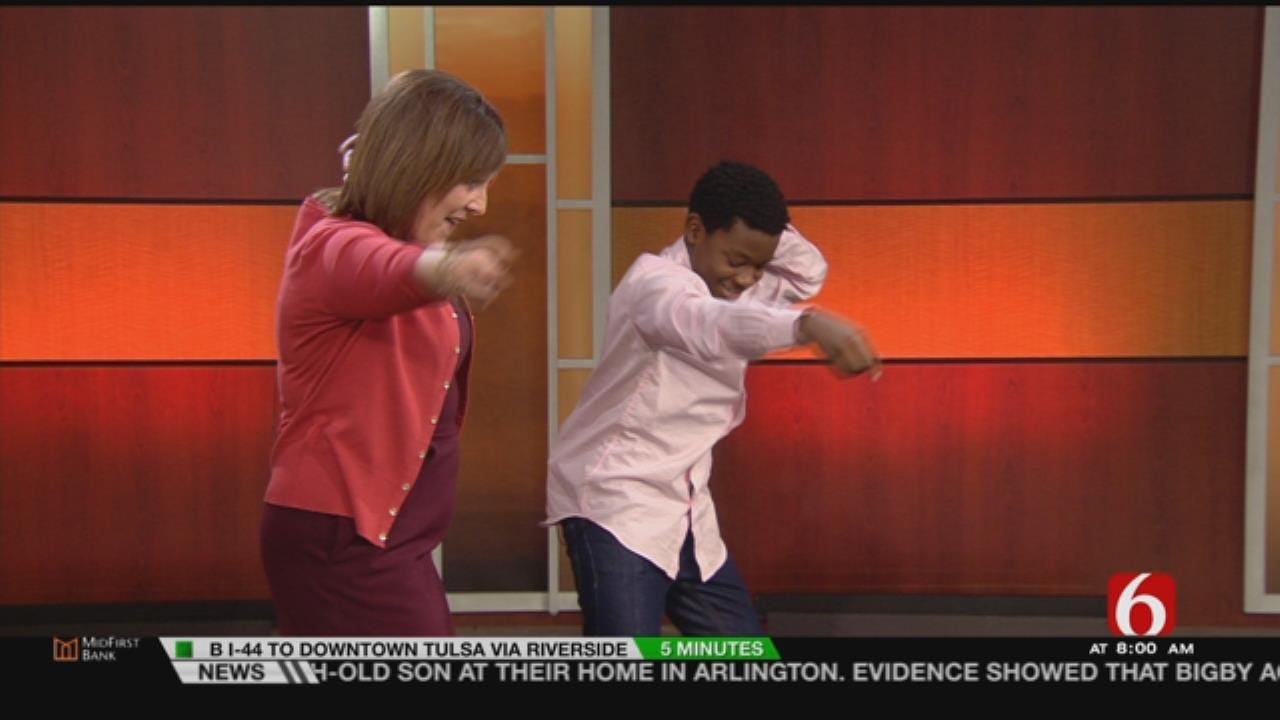 6 In The Morning Anchor Meagan Farley Learns Some 'Motown The Musical' Dance Steps