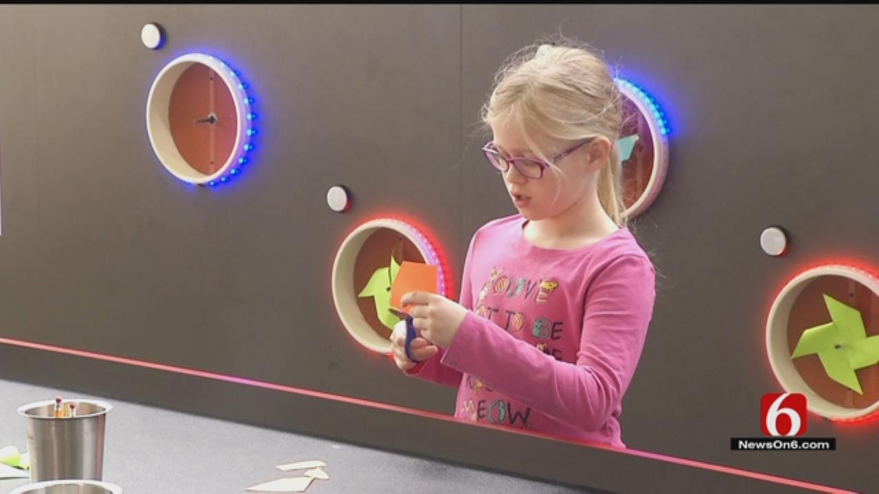 Tulsa's Discovery Lab Hosts Sensory-Friendly Fun Time