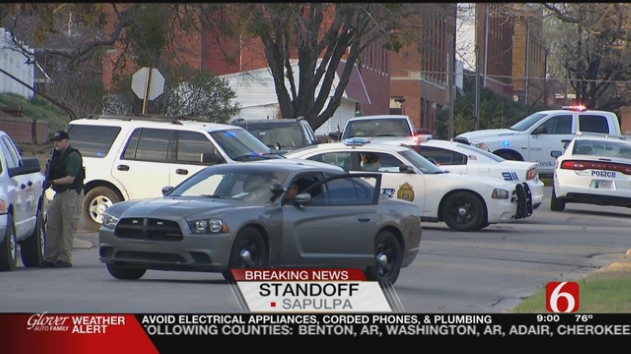 Police Standoff Shuts Down City Block In Sapulpa
