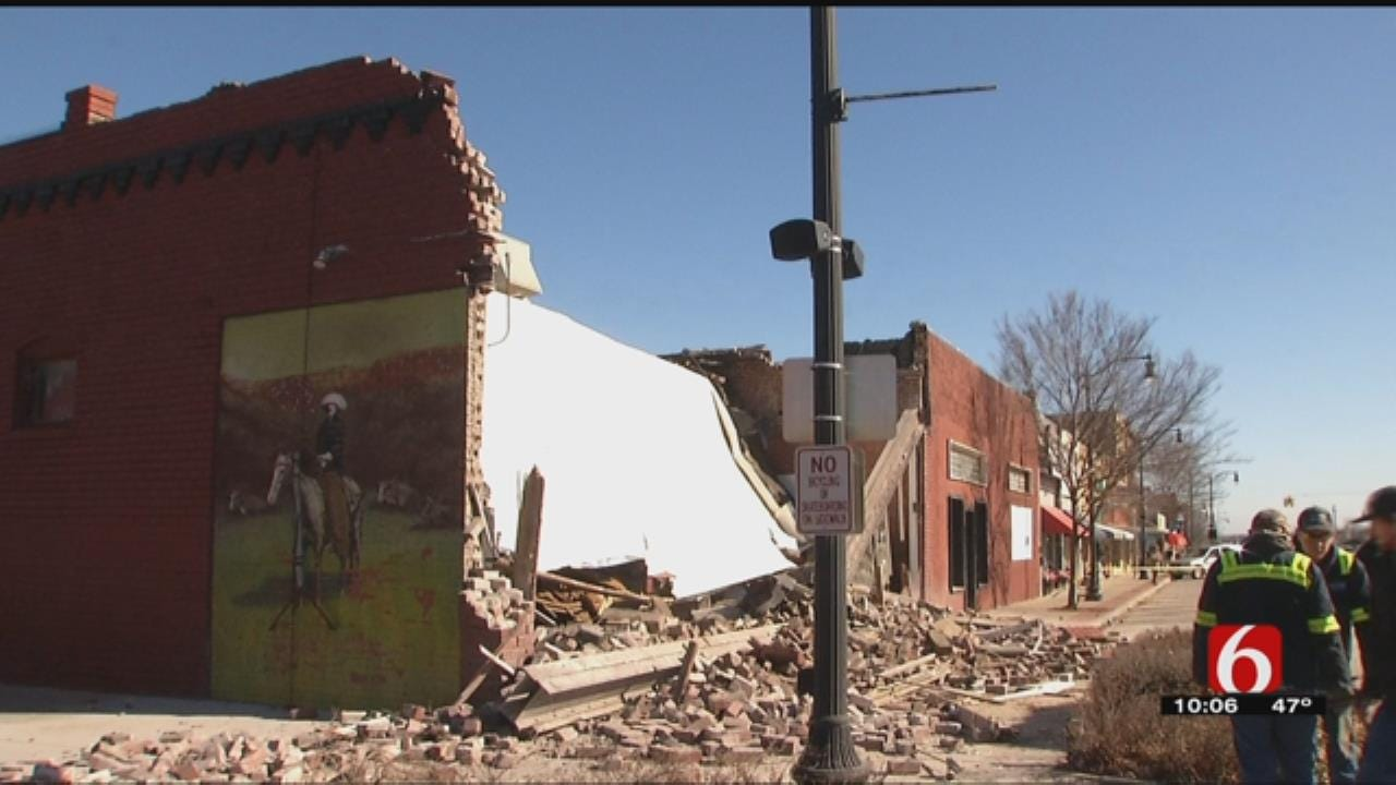 100-Plus People Turn Up To Support Collinsville Restaurant Trying To Rebuild