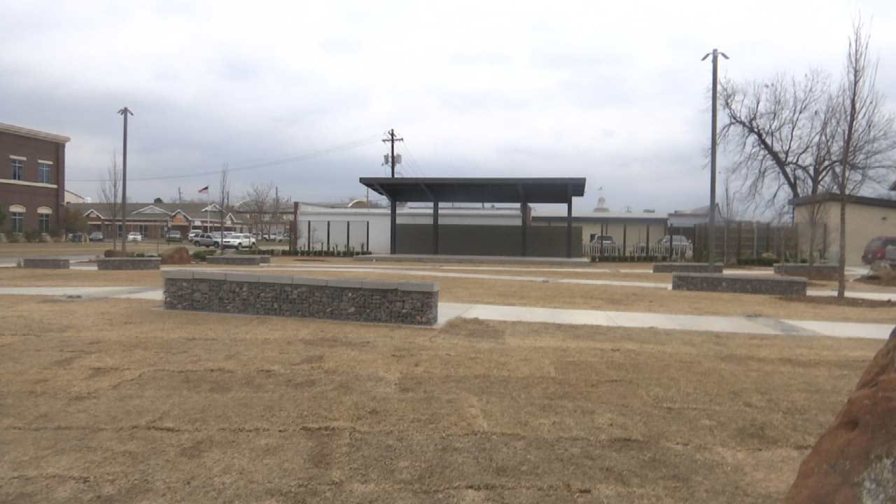 New Attraction In Downtown Jenks Being Compared To Guthrie Green
