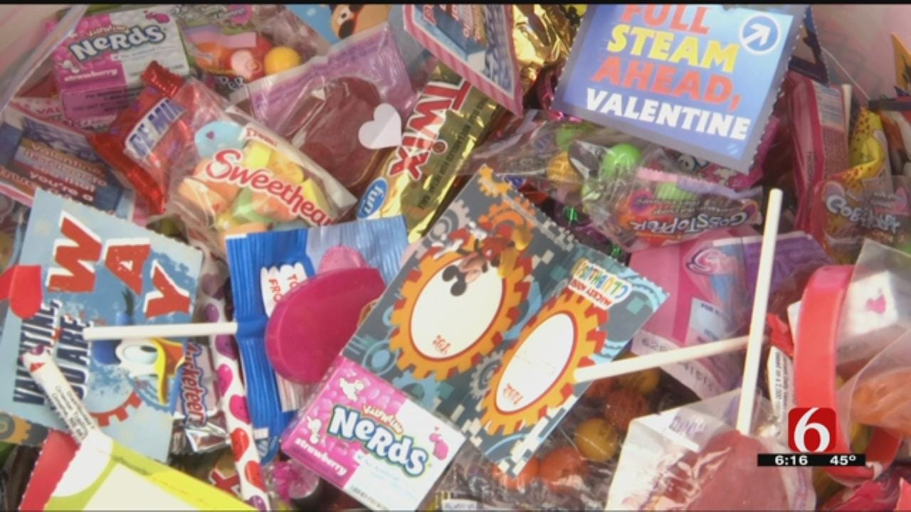 Tulsa Transit Surprises Passengers With Valentine's Day Gifts