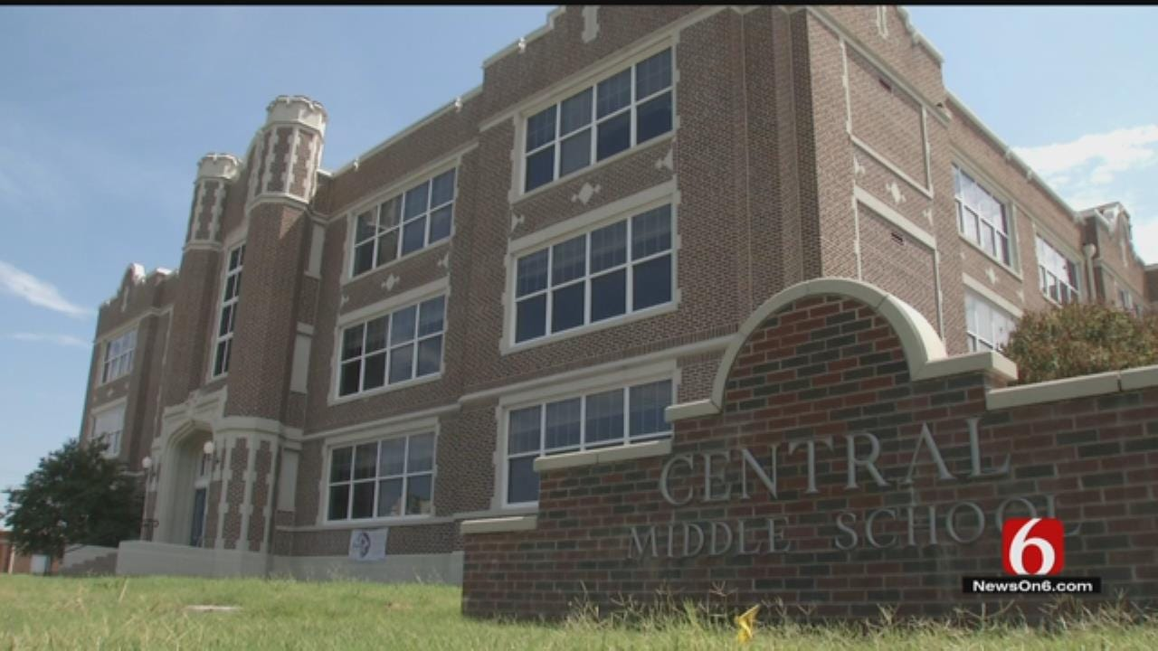 Bartlesville Teachers Return To Century-Old Building After Recent Repairs