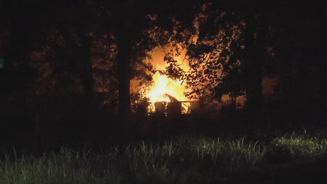 WEB EXTRA: Family Escapes Oakhurst-Area House Fire