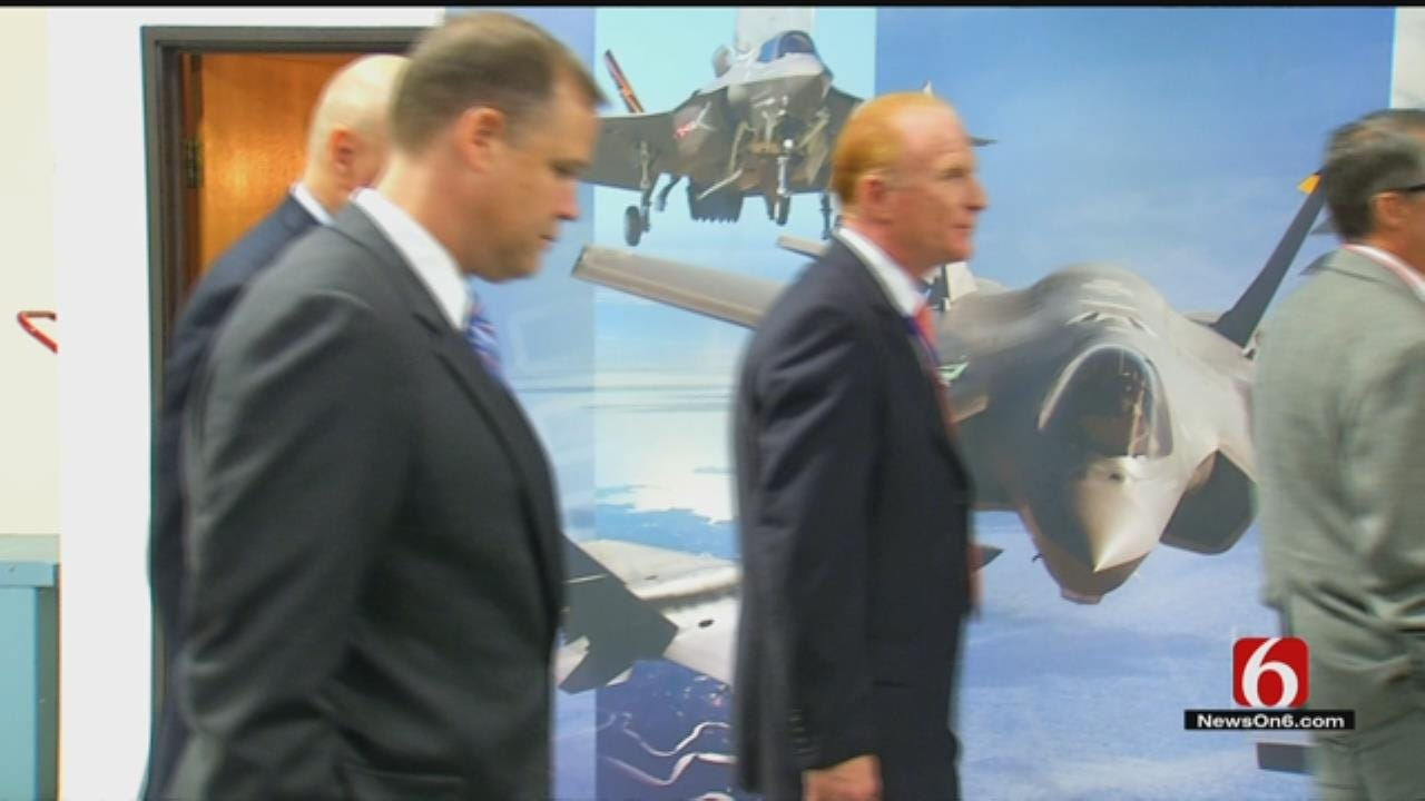 Tulsa Firm Shows Off Electronics It Builds For F-35 Fighter Jet