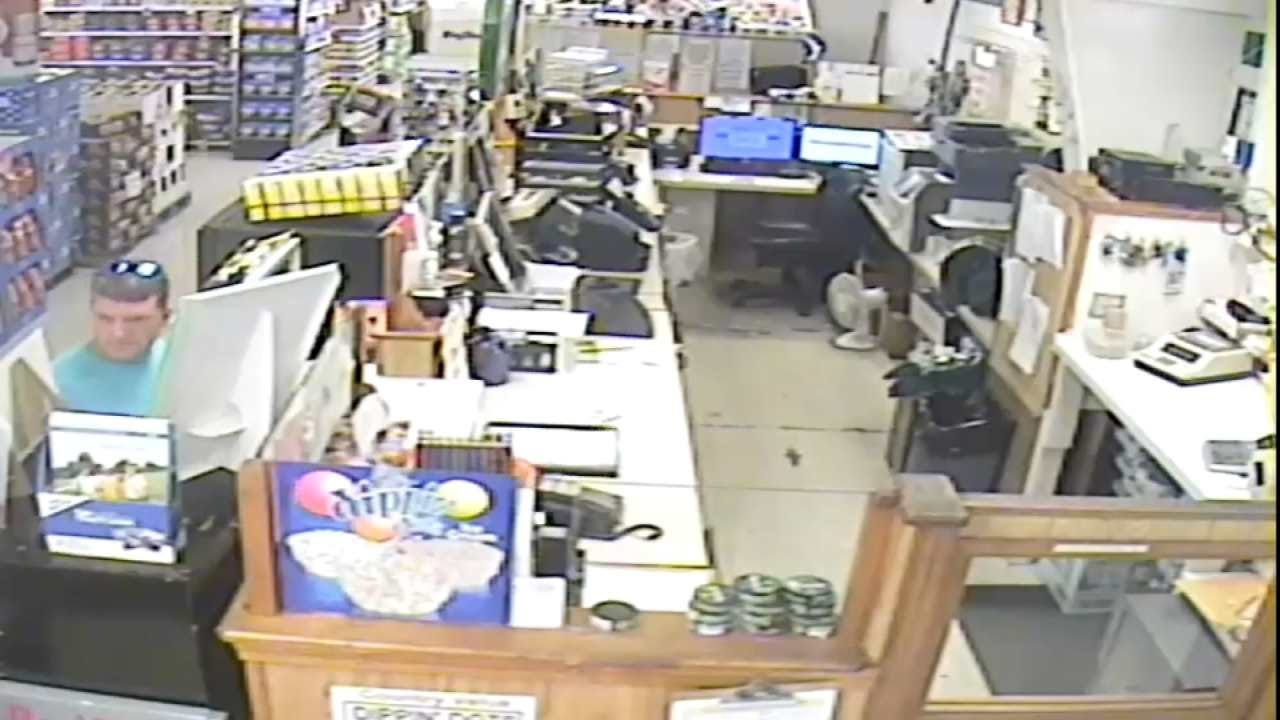WATCH NOW: Brazen Thief Robs Cash Drawer At Glenpool Business
