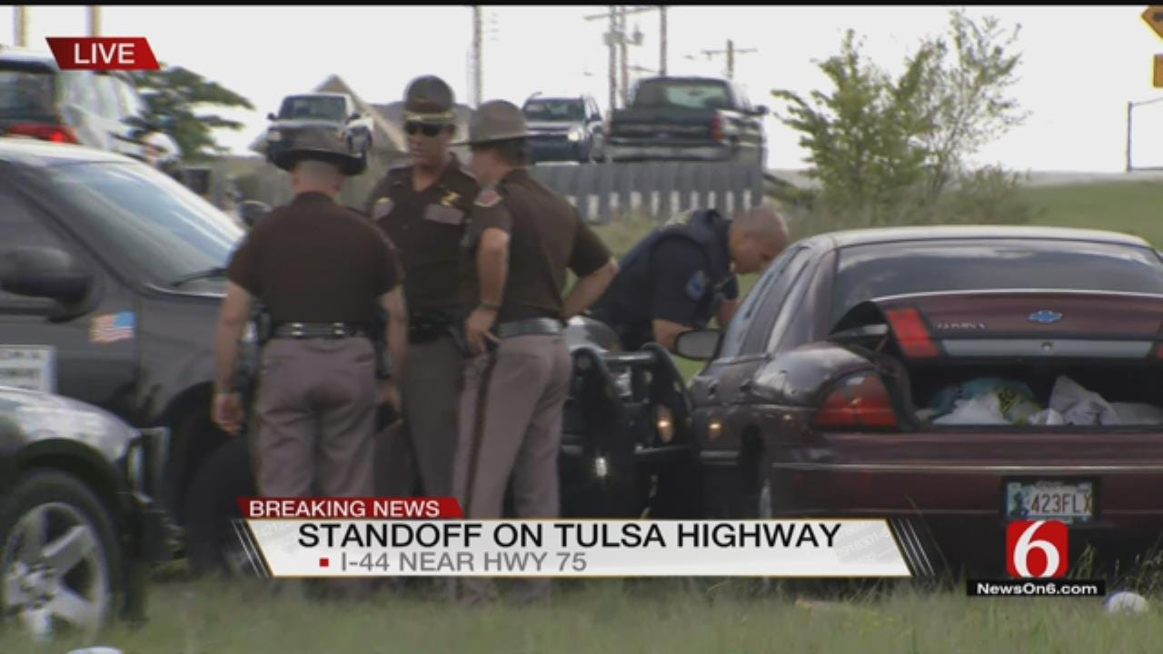 Chase Suspect Stops Traffic On Tulsa Interstate
