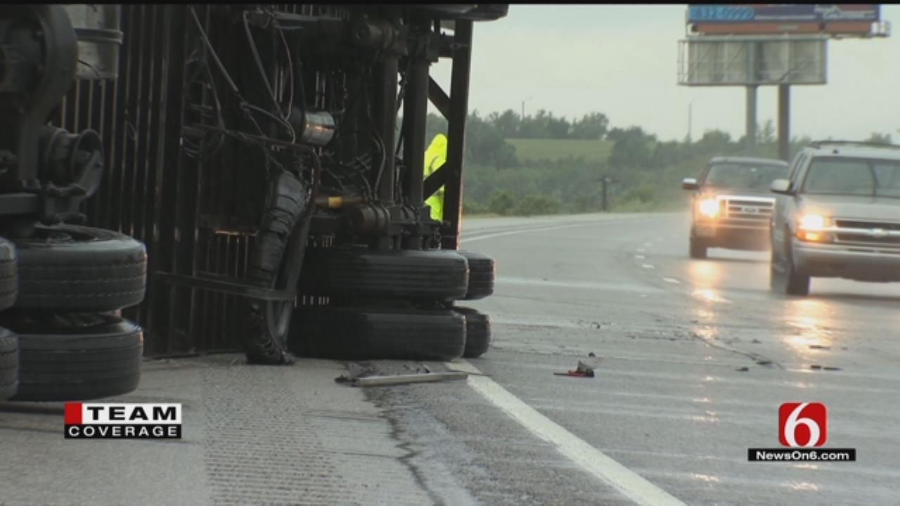 Strong Winds Knock Over Semis On Tulsa, Muskogee Area Highways