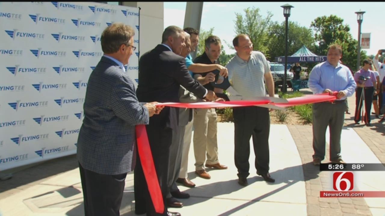 FlyingTee Holds Grand Opening On RiverWalk