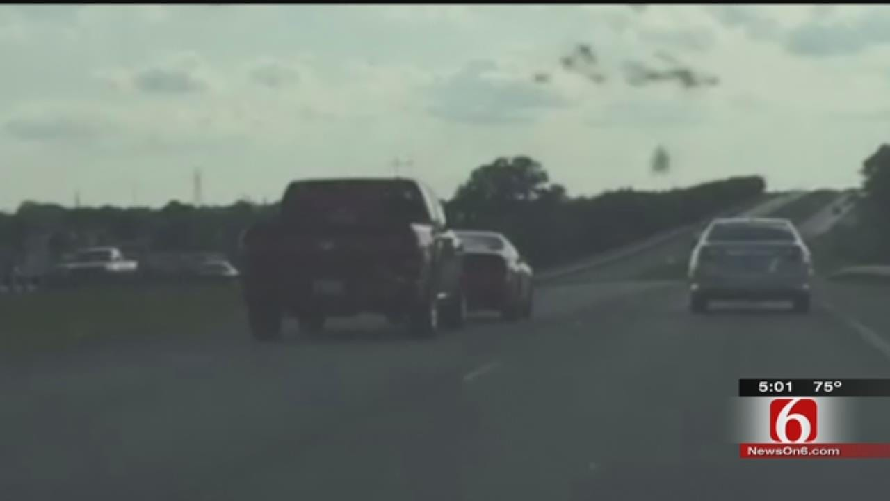 Muskogee Police Search For Suspect In Road Rage Crash
