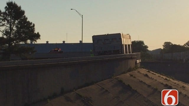 Video From Tony Russell Of Oversize Load Stuck On IDL Exit Ramp