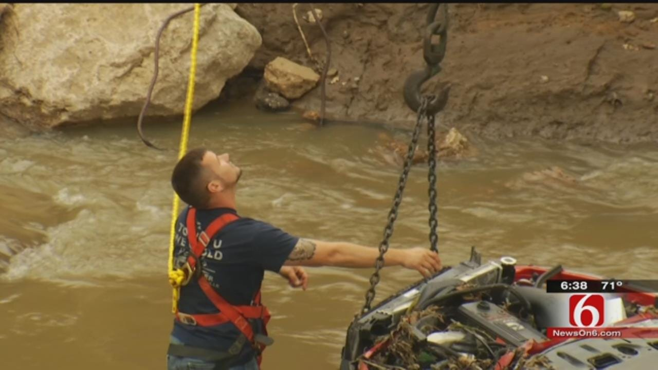 OHP Investigates After Woman's Body Found In Pickup In Caney River