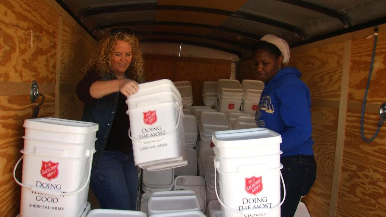 Volunteers Help Speed Tornado Clean-up Process in North Tulsa