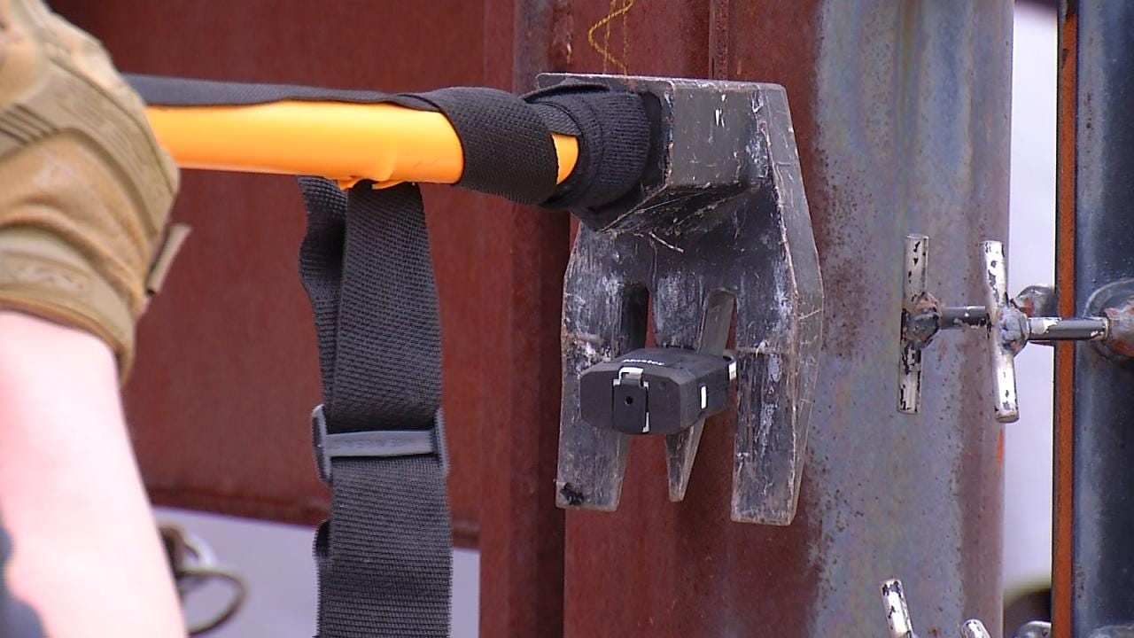 New Tool Helps Tulsa Police Get Through Doors When Seconds County