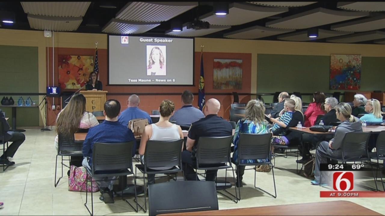 Police, Volunteers, Citizens Honored In Sand Springs