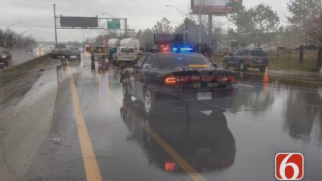Photojournalist Michael Blair Reports On Four Car Wreck On I-244