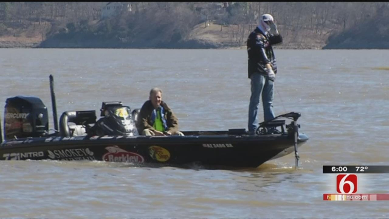 Anglers Make Runs On Water During Day 2 Of Classic