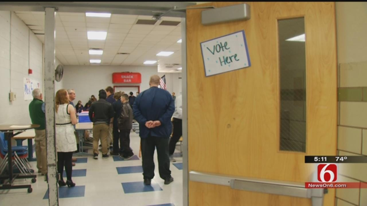 Hale High School Students Get Early Super Tuesday Practice