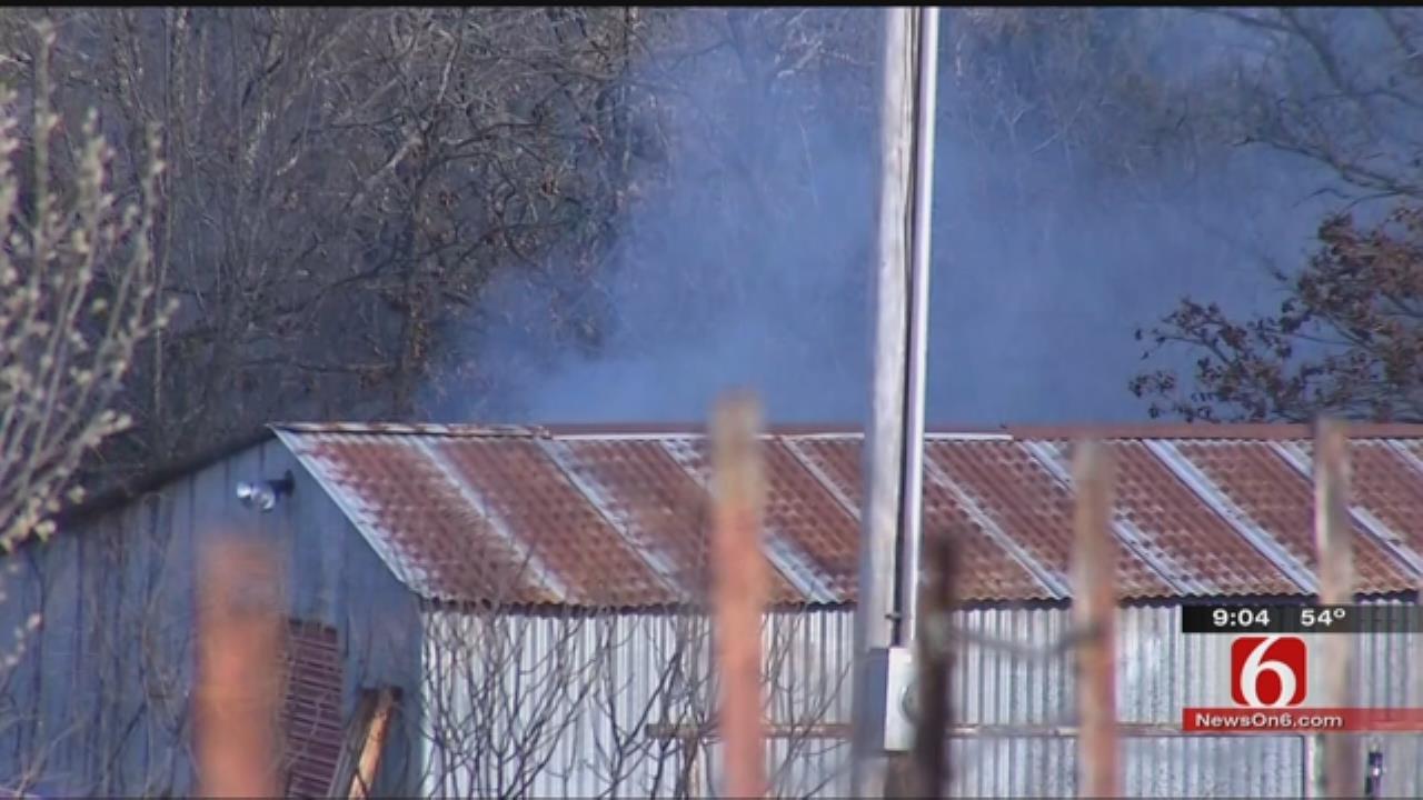 Crews Battle Grass Fire In West Tulsa County