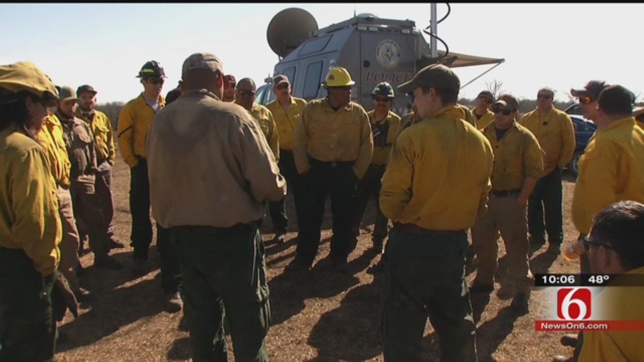 Firefighters From Across The Country In Oklahoma To Help With Wildfires