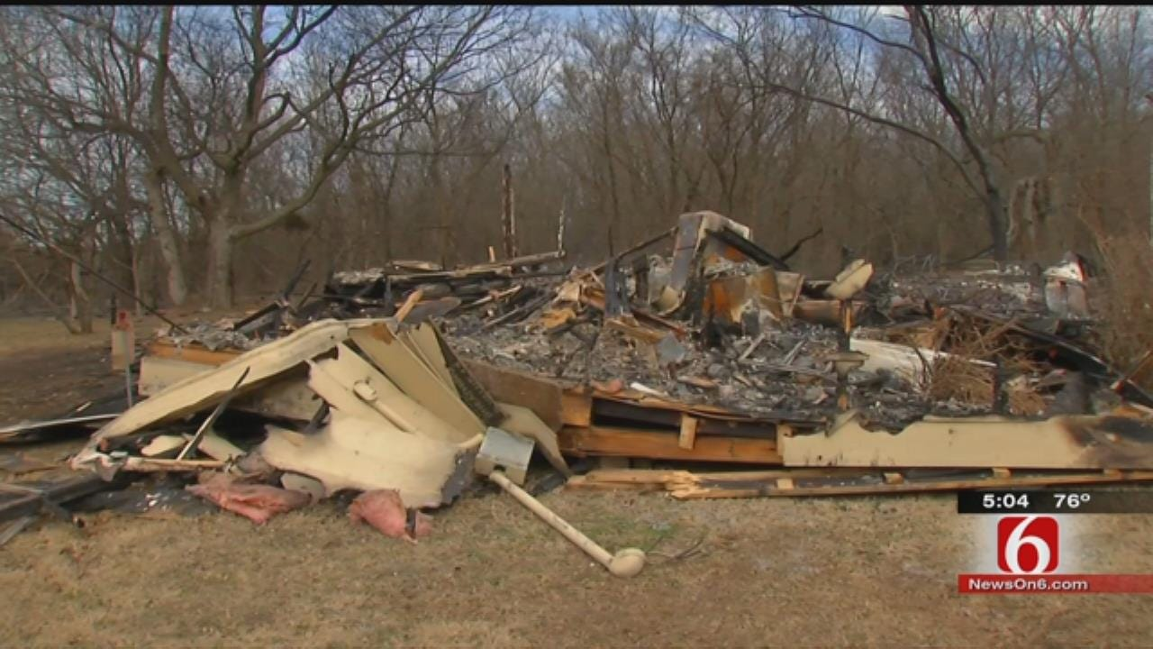 Fast-Moving Fire Destroys Mayes County Homes