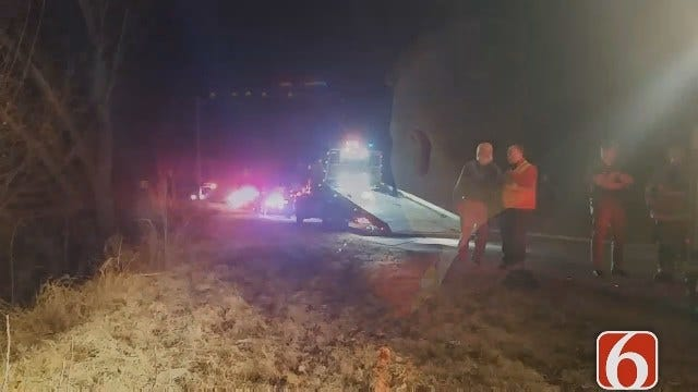 Driver Pulled From SUV Crash On Tulsa's Avery Drive