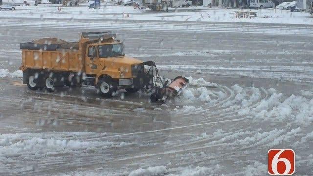 Reporter Katiera Winfrey: Snow Scenes At The Tulsa Airport