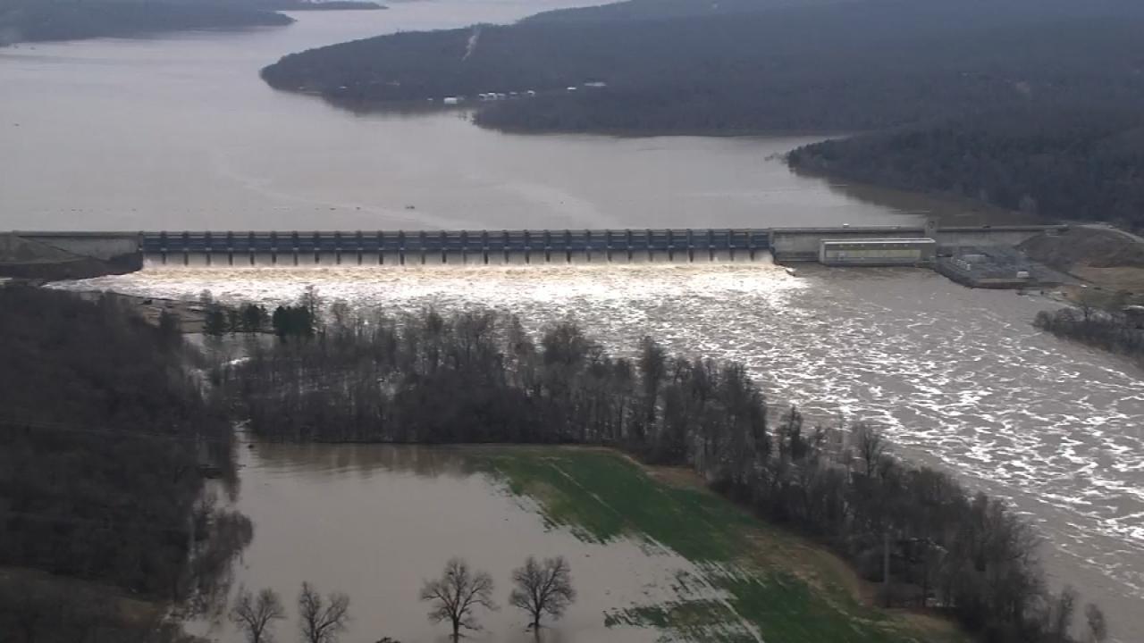 Osage SkyNews 6 HD: Fort Gibson Lake's Dam