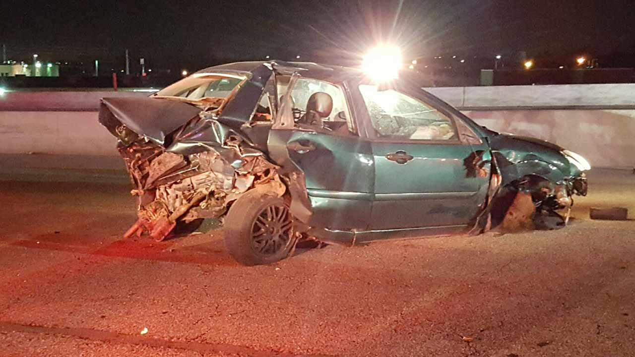 WEB EXTRA: Stalled Car Triggers Crash On BA Expressway In Tulsa