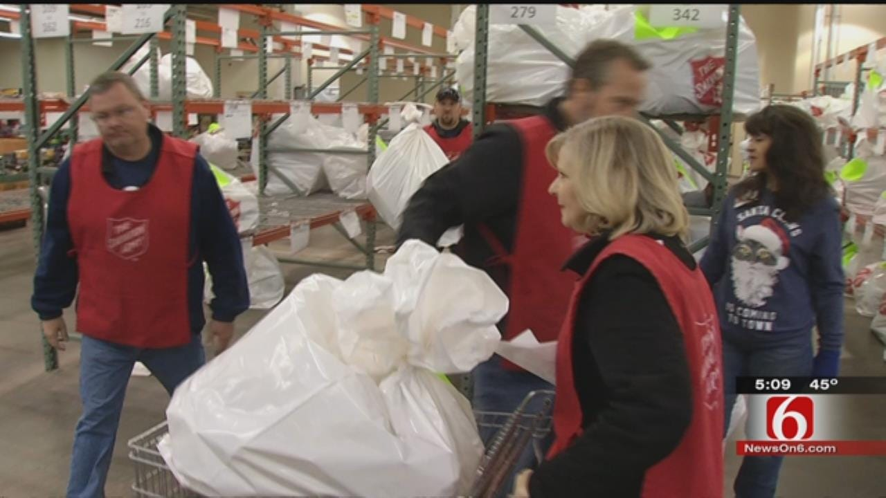 Tulsa Salvation Army Distributes 10,000 Gifts, Thousands Of Food Baskets